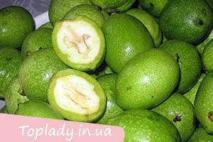 Зелені волоські горіхи як ліки
